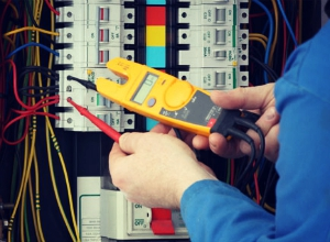 Takeoff and estimating software for electrical contractors